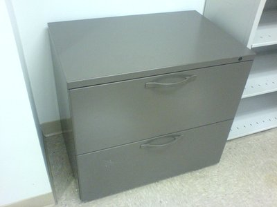 Herman Miller 'Q' 2-Drawer Lateral File