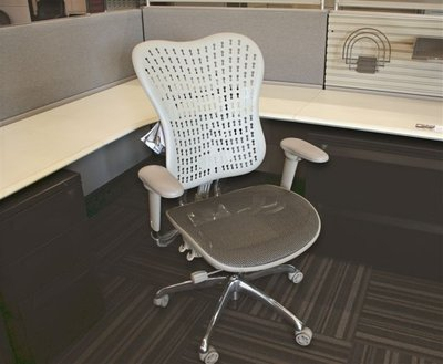 Datona Chair 002 1 JPG 400x515 q85 DAYTONA   Holiday Special !!